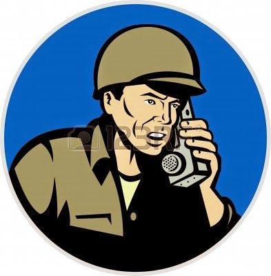 Chiste de militares, general, sargento, teléfono, soldado.